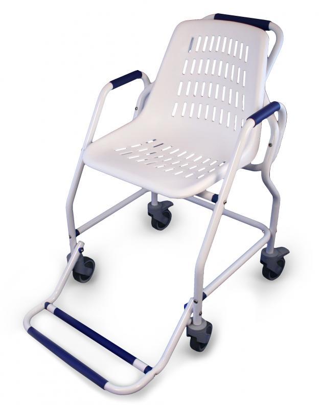 chaise roulante de douche poxy blanc chaises de douche pour la salle de bain et le wc. Black Bedroom Furniture Sets. Home Design Ideas